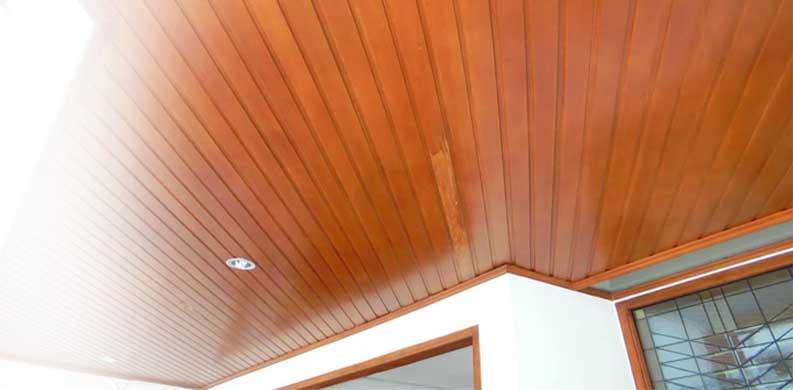 plafon kayu terpasang