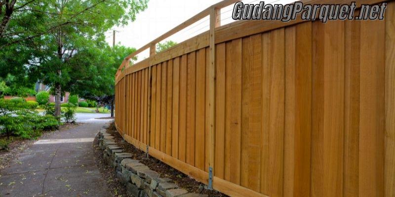 manfaat kayu bengkirai - pembuatan pagar
